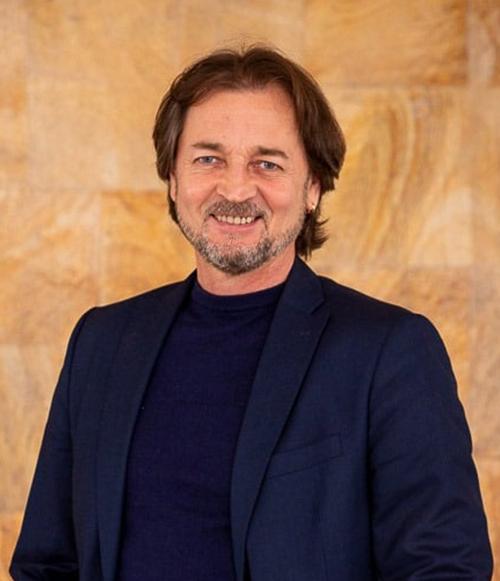 Андрій Литвинов - Головний балетмейстер театру. <br /> Народний артист республіки Молдова